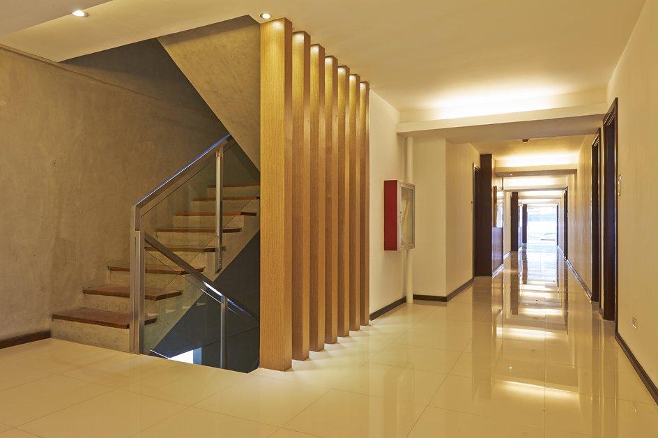 image hallway-1-jpg