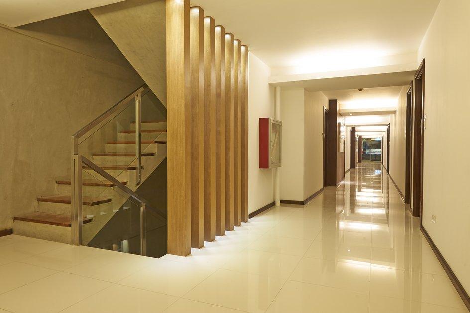 image hallway-2-jpg